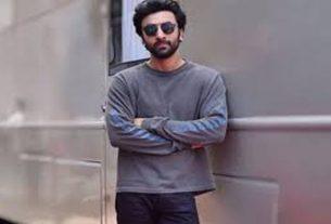 Actor Ranveer Kapoor became Corona Postive