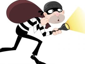 Pipe Thief: In Deol Nagar, people caught the thief red-handed