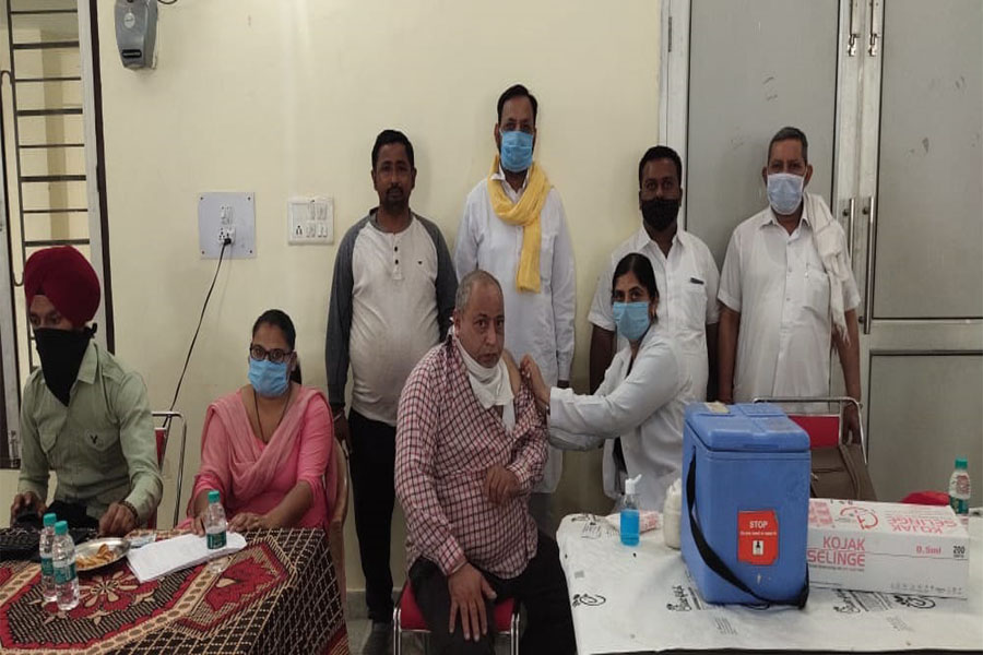 Corona vaccine vaccine: 56 people got vaccinated in the camp provided by